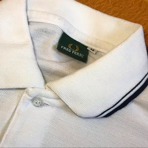 Fred Perry Shirts - Fred perry polo shirt medium
